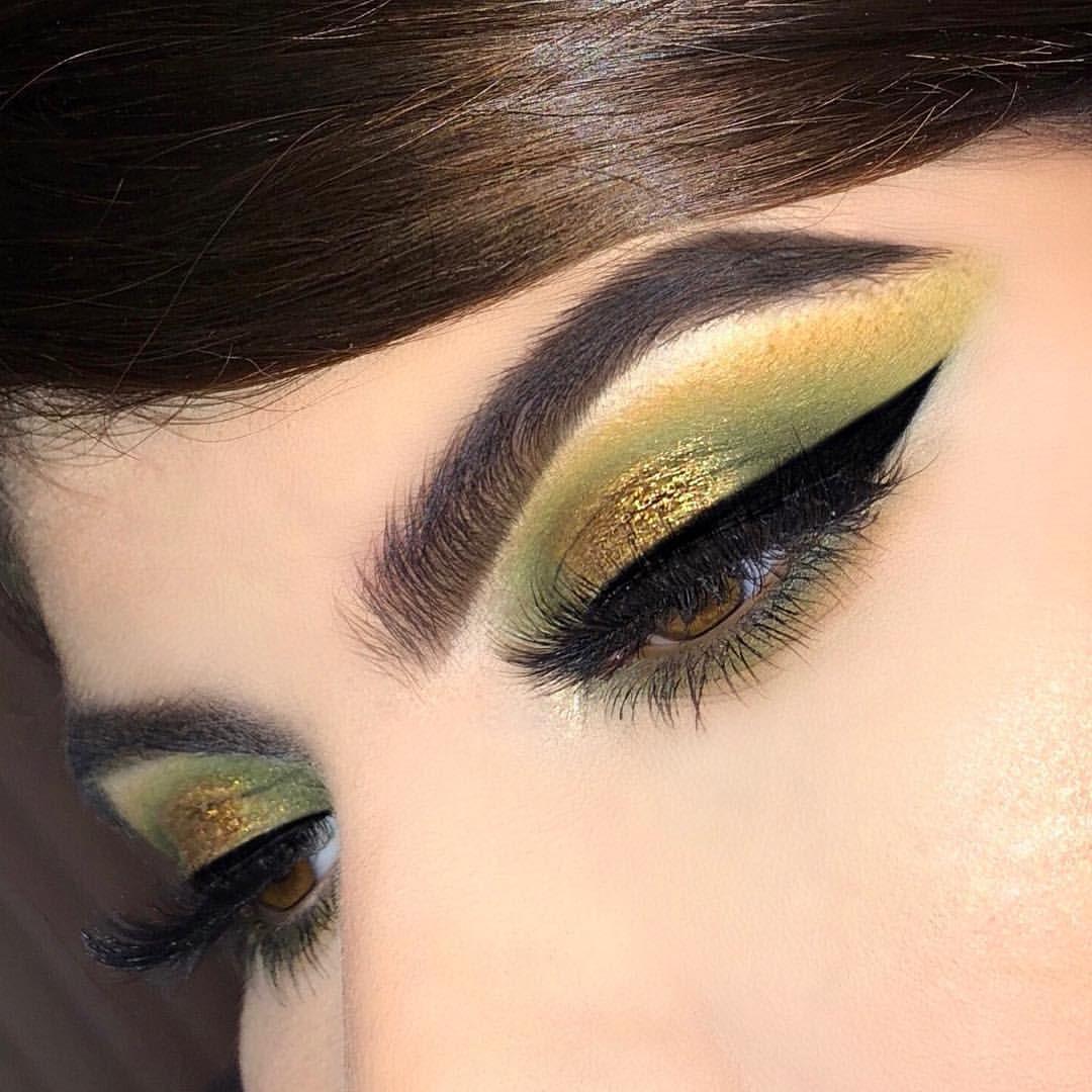 Olive Green Eyeshadow Fall Makeup Ig Emvalencia Fall Makeup Green Makeup Green Eyeshadow Look