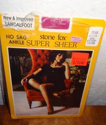New Vintage Stone Fox Nylons Stockings Fuchsia Size Med 5' 2