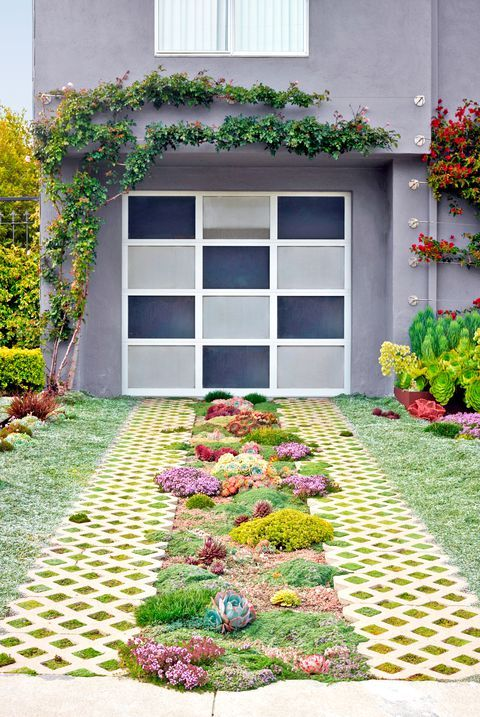 Driveway Upgrades That'll Skyrocket Your Curb Appeal is part of Driveway landscaping, Driveway paving, Driveway design, Front yard, Garden landscape design, Front yard garden - They'll drive up your curb appeal