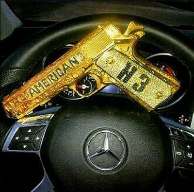 Fotos las armas de lujo de los narcos en m xico - Pistolas para lacar ...