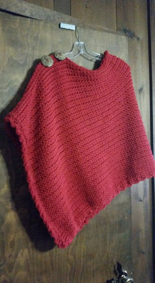 Favorite Poncho - a loom knit pattern | Wolle