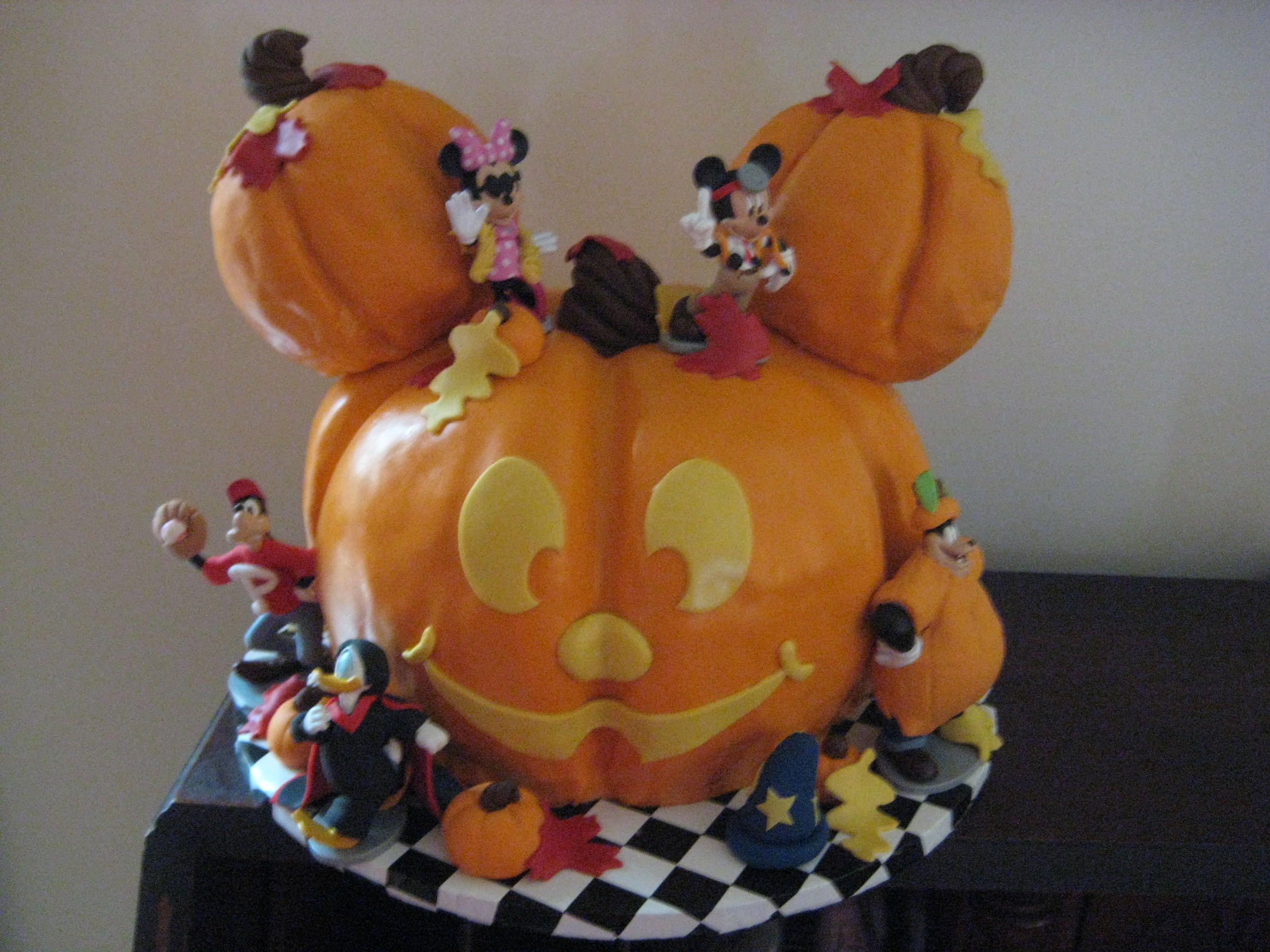 Sculpture cakes | saveyourforkcakes