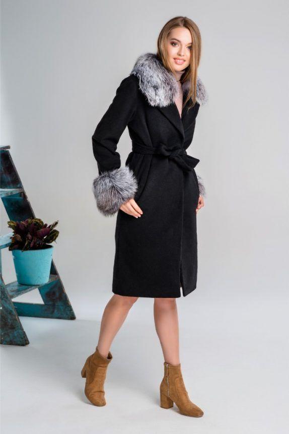 e4b3125eda67 Кашемировое пальто со съемным воротником и манжетами из меха чернобурки