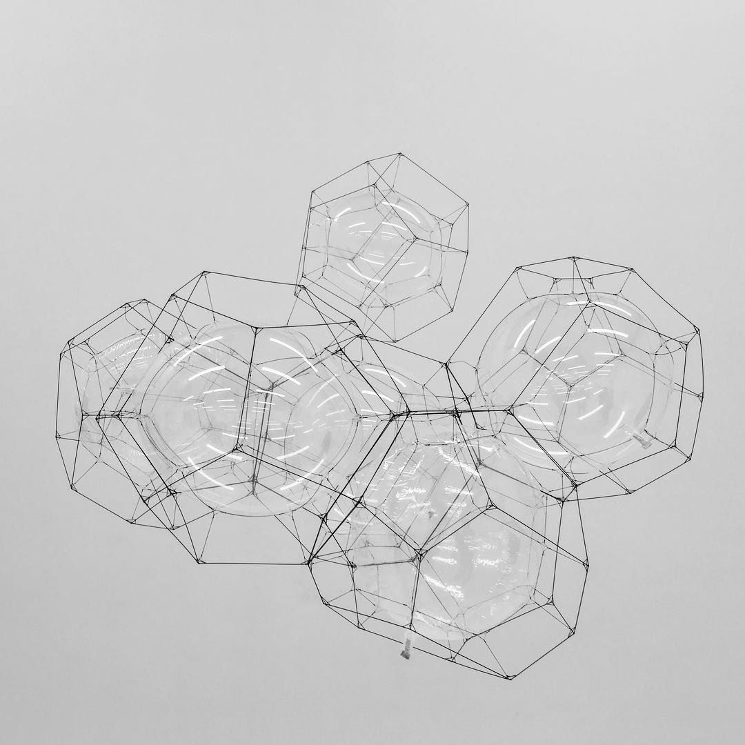 If you are in SF this weekend, check out the Tomás Saraceno exhibit at @sfmoma it's an incredible installation that blends biology and architecture.