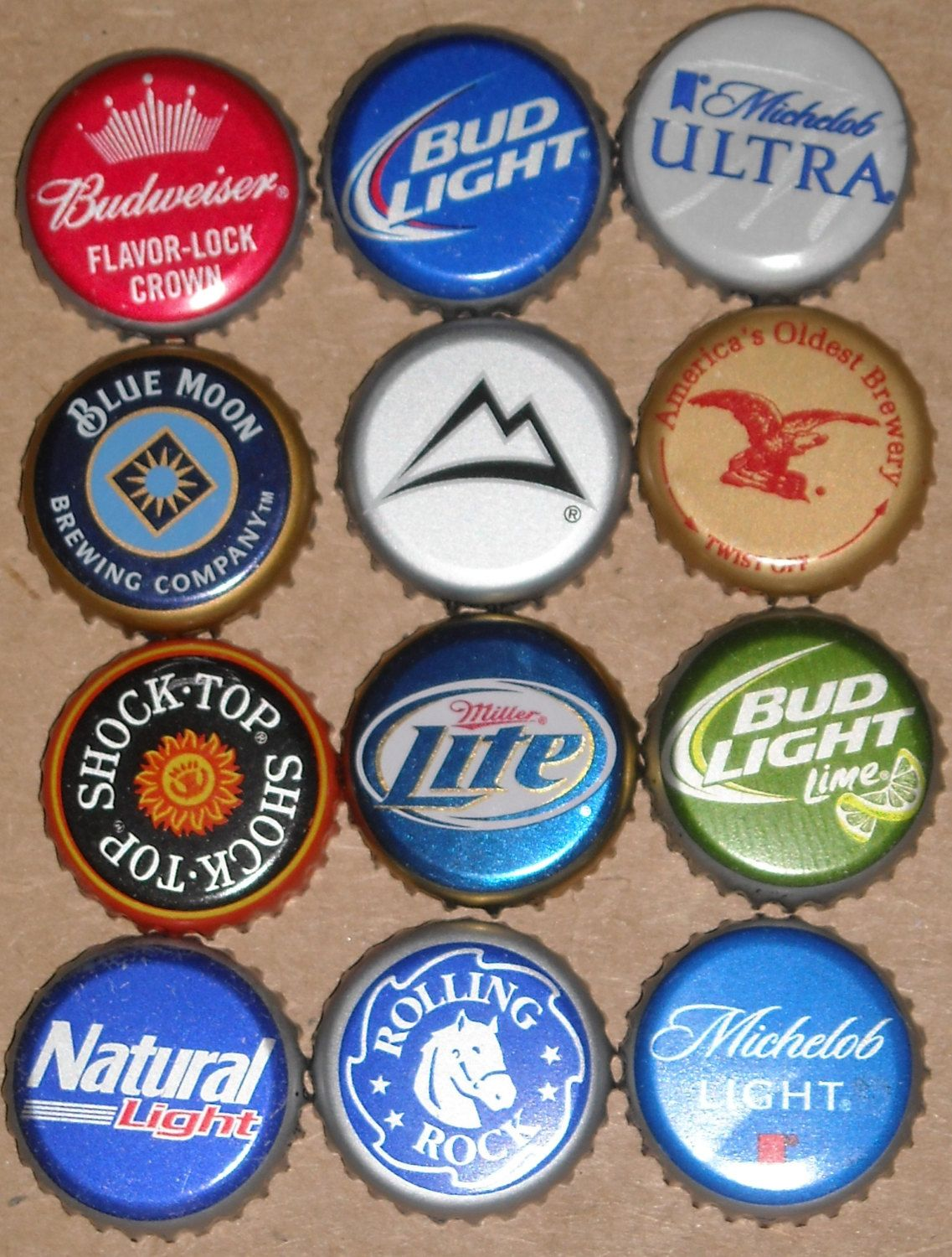 The Beer Bottle Caps Available Include Bud Light Budweiser Miller Lite Coors Light Michelob Ultra Rolling Rock Yuengling Disenos De Unas Cake De Regalos