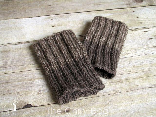 Knitting Pattern: Simple Reversible Boot Cuffs