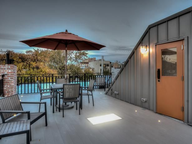 Pool House Showcases Indoor, Outdoor Views : Designers' Portfolio : HGTV - Home & Garden Television
