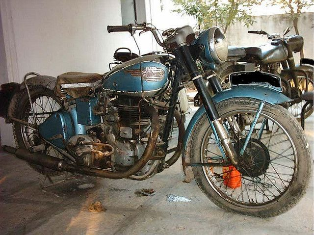 1947 Royal Enfield J2 By Vintage Auto World Rohan Nino Puri Via Flickr Royal Enfield Royal Enfield Motorcycle