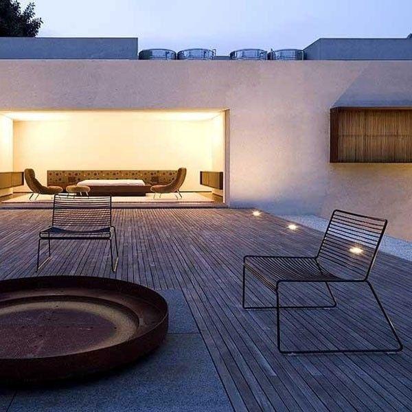 Lounge Stoel Met Kussen.Hee Lounge Fauteuil Buiten Hay In 2020 Fauteuil Buiten Modern