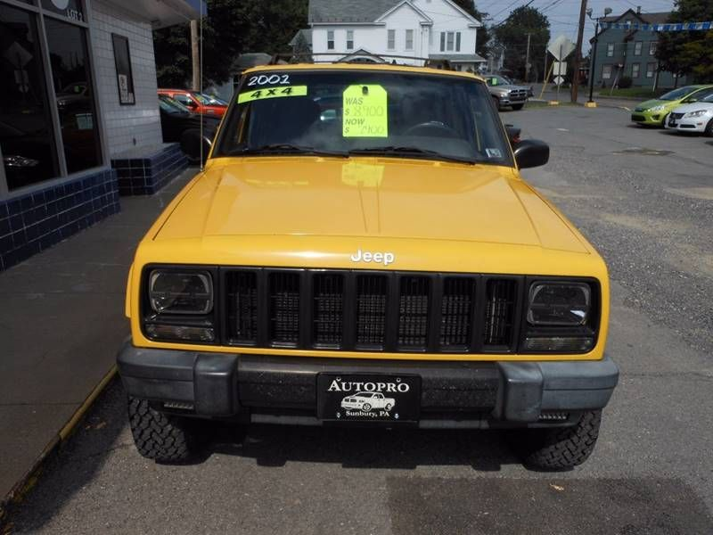 Image Result For Yellow Jeep Xj Yellow Jeep Jeep Cherokee Xj Comanche Jeep
