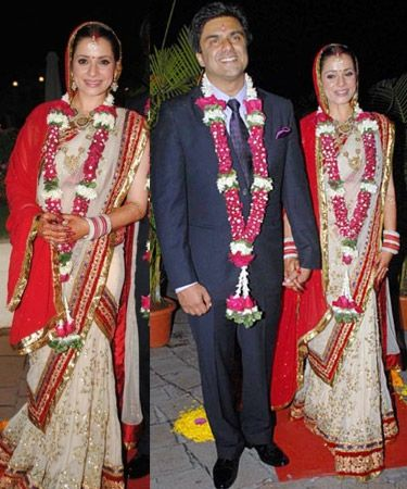 Top 10 Bollywood Brides And Their Wedding Day Bollywood Wedding Indian Celebrities Bride Clothes