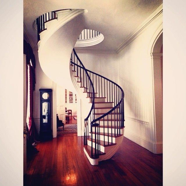 Best Unsupported Spiral Stair At Auburn Mansion In Natchez Ms 400 x 300