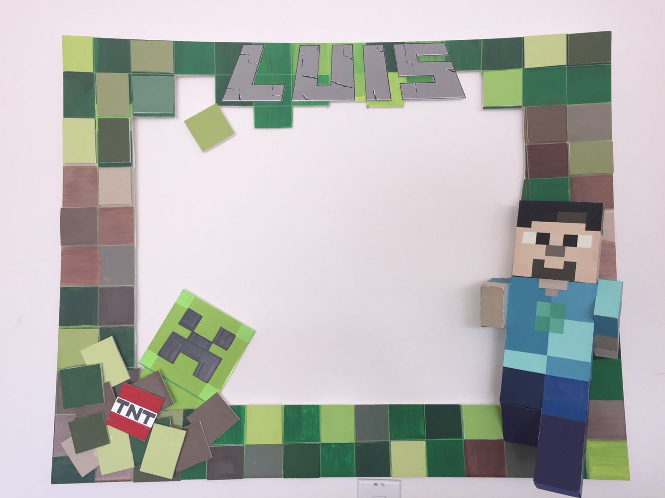 My Party Frames Theme: Minecraft Follow me.... Facebook/My Party ...