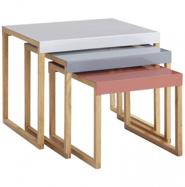 Les Tables Gigognes La Solution Gain De Place Tables Gigognes Table Basse Mobilier De Salon