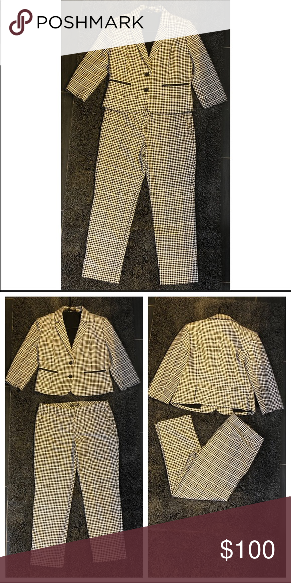 e4f46d96afb6 Women s Express suit Women s two piece Express suit black and white  checkered. Excellent condition. Blazer and dress pant included. Both size  10.