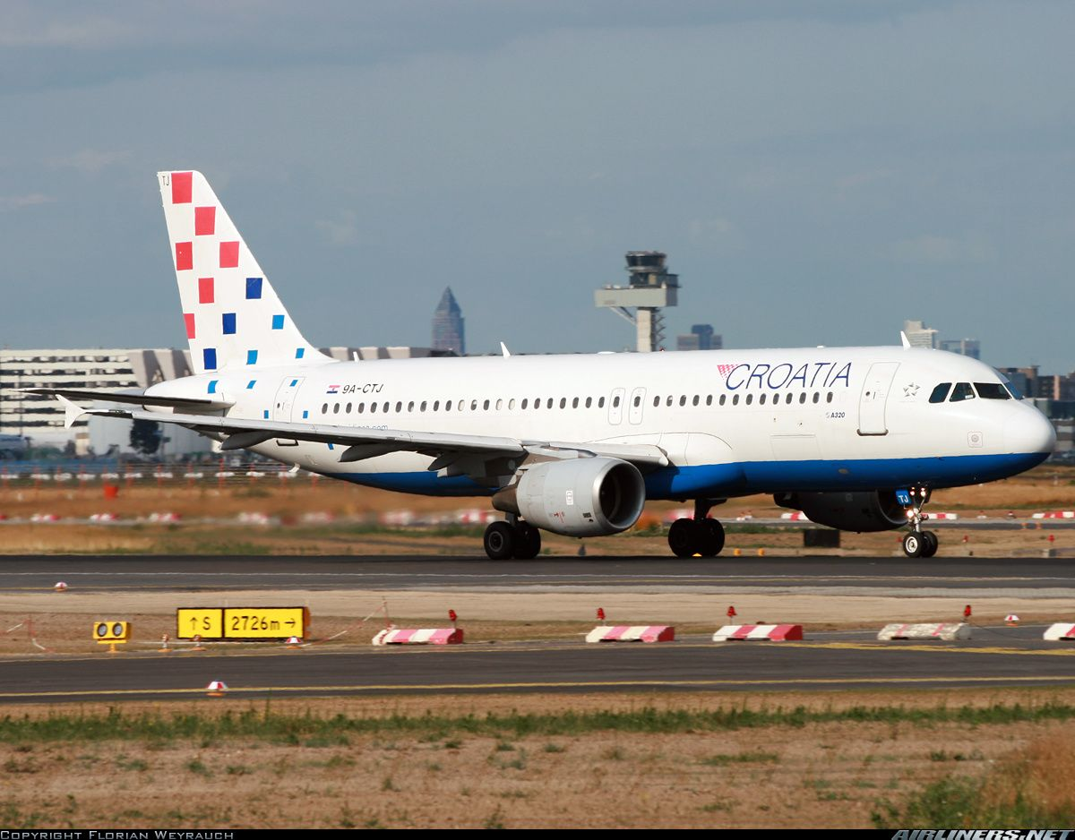 Airbus A320214 aircraft picture