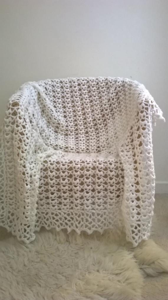 Christening shawl | Shawl, Knitting patterns, Pattern