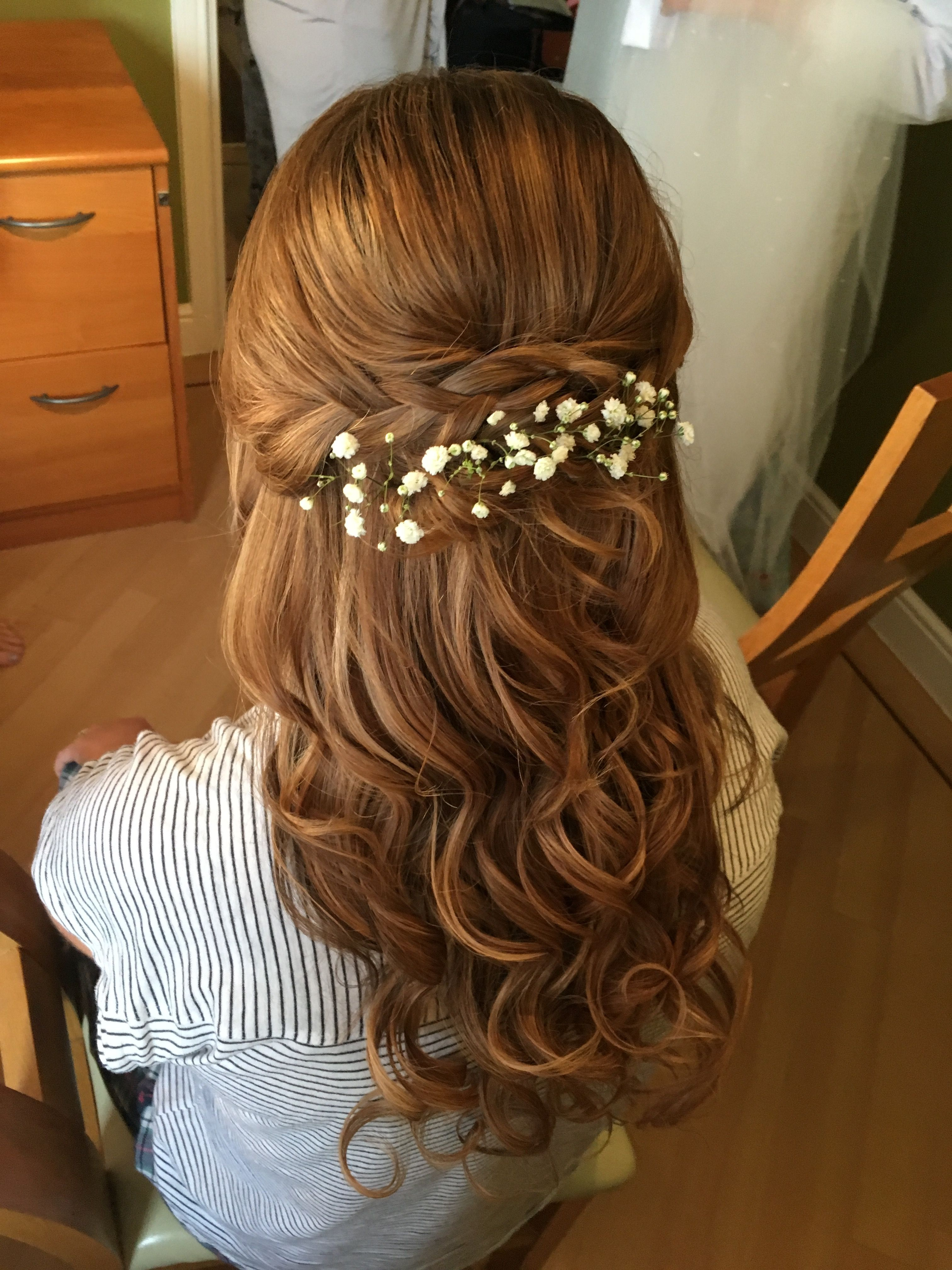 bridesmaid long hair with extensions curled and styled with