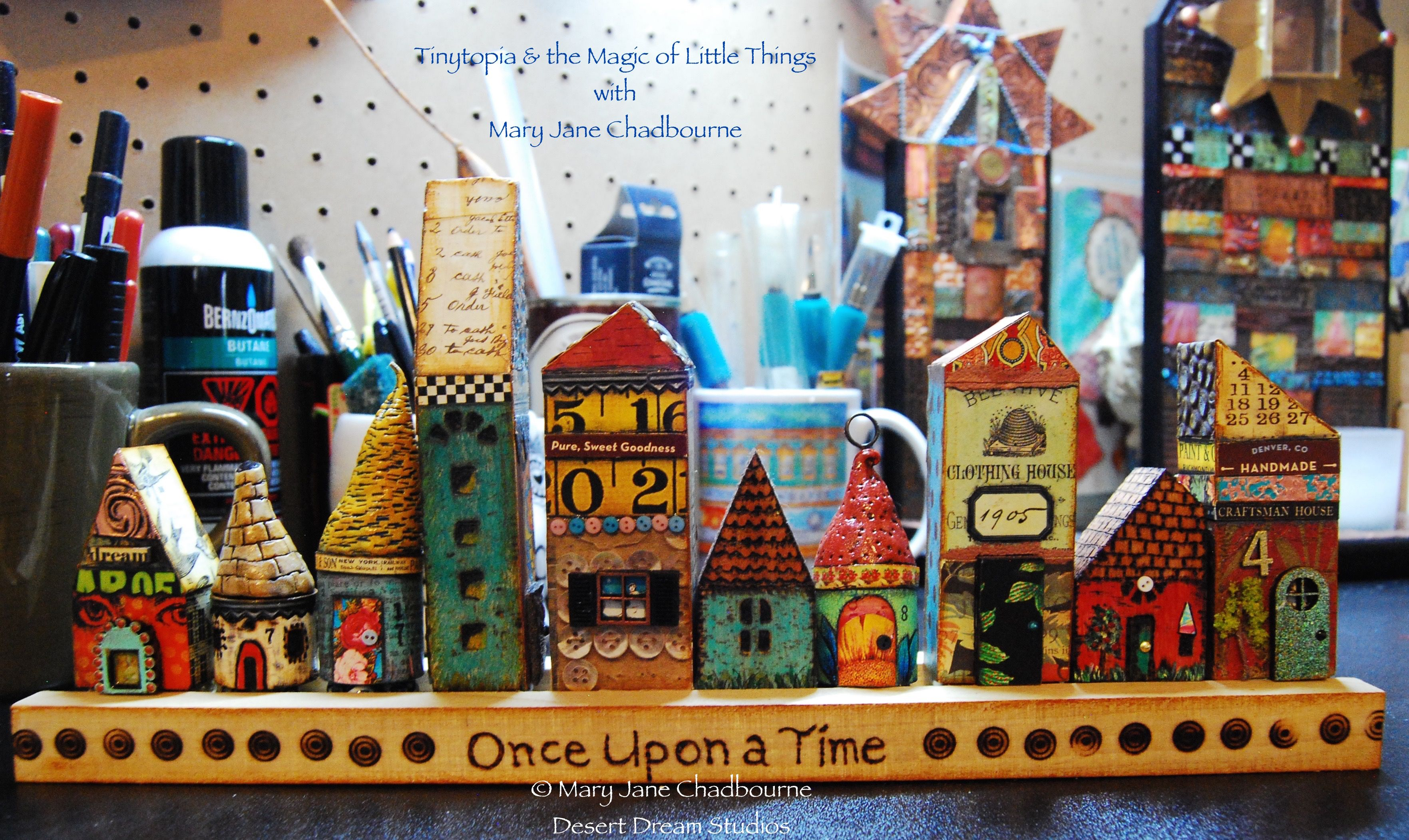 Tinytopia & the Magic of Little Things, my new online workshop this summer over at Artful Gathering....please join me, lots of FUN ahead! atozinnia.org