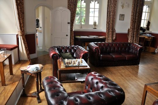 Albert einstein 39 s bedroom at christ church oxford is now for Bedroom furniture christchurch