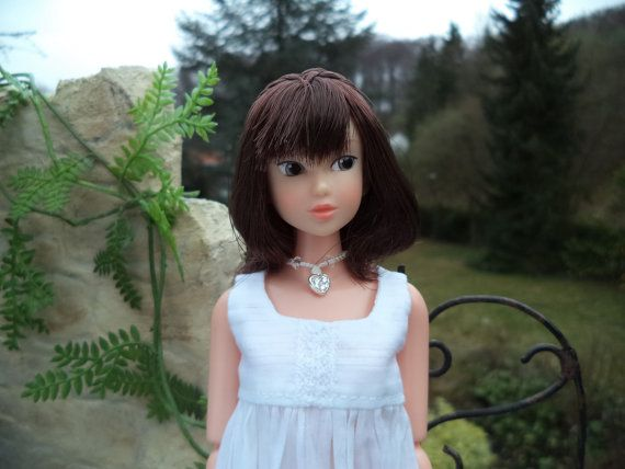 Romantic white dress for Momoko OOAK