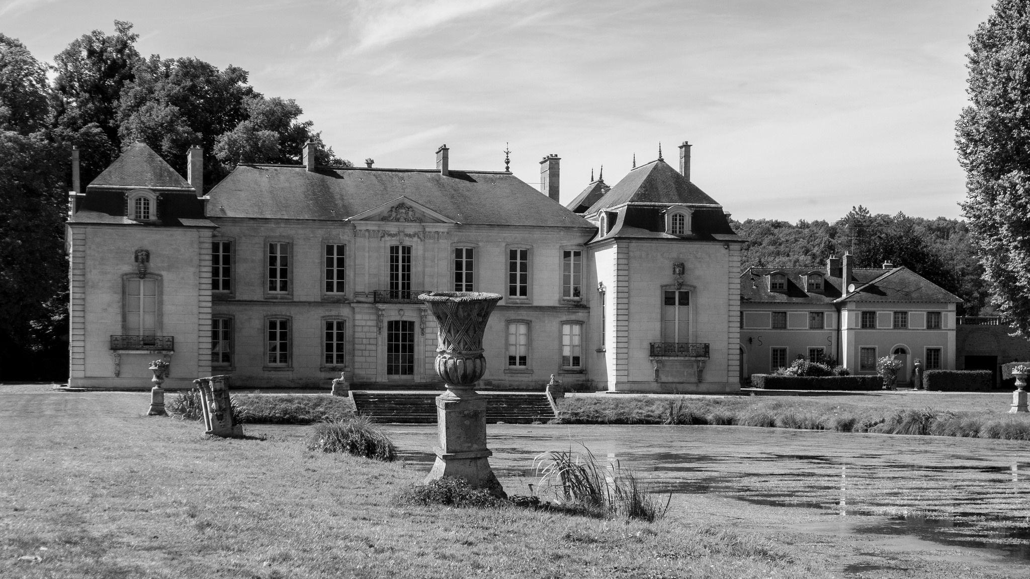 Elegant Https://flic.kr/p/Lacbdy | Château De Jeurre,