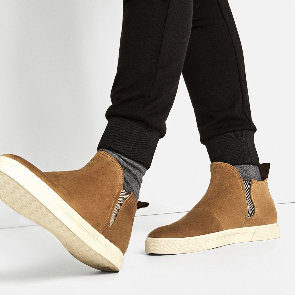 Image 2 of CASUAL CHELSEA ANKLE BOOTS from Zara
