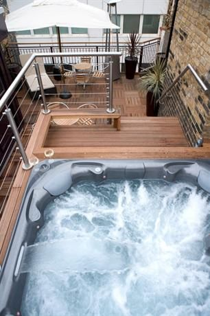 Jacuzzi Piccadilly.Hotel Deal Checker Sanctum Soho Hotel Soho Hotel London
