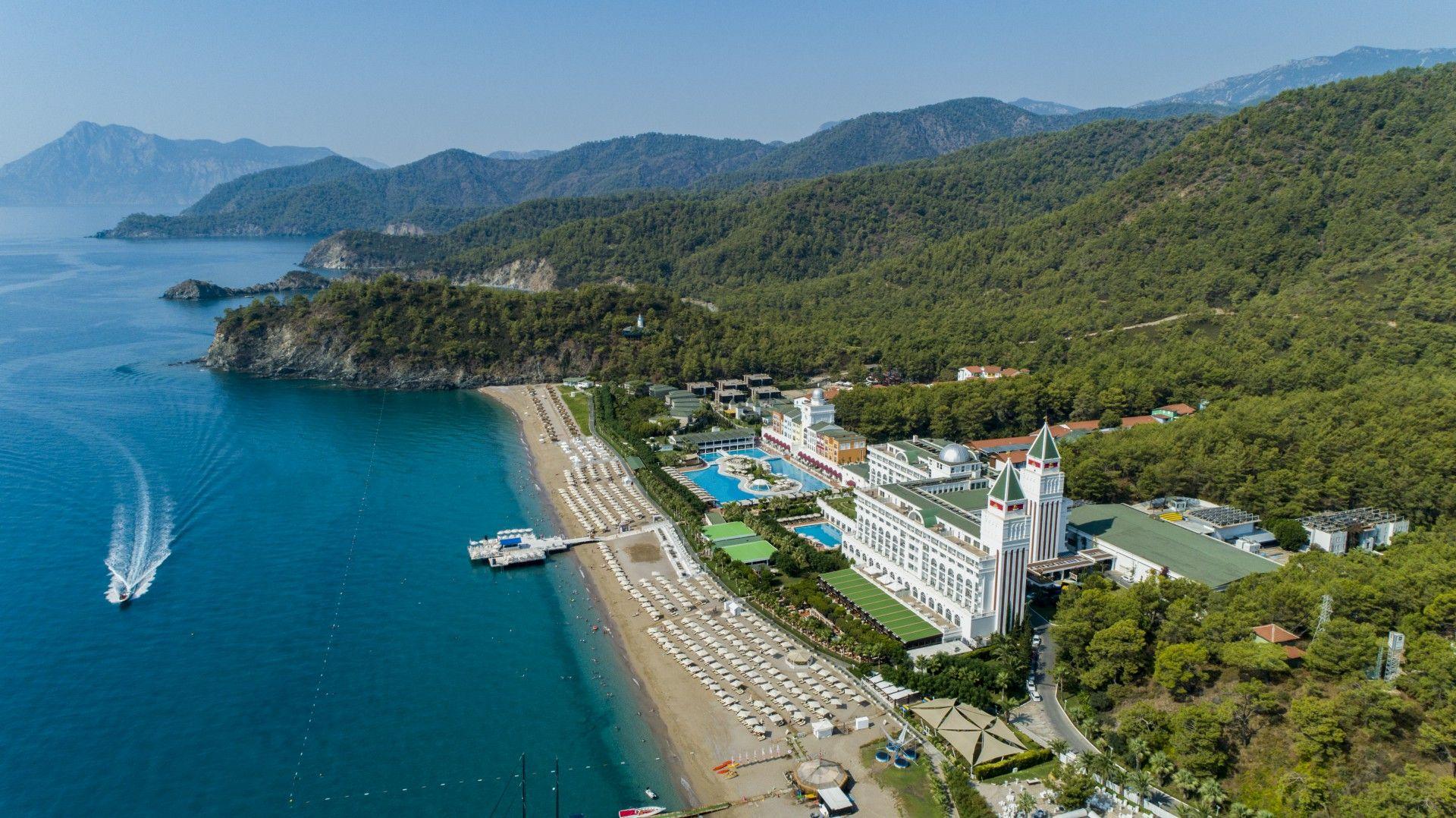 Nirvana Dolce Vita Luxury Wedding Hotel In Tekirova Antalya Hotel Place Hotel Antalya