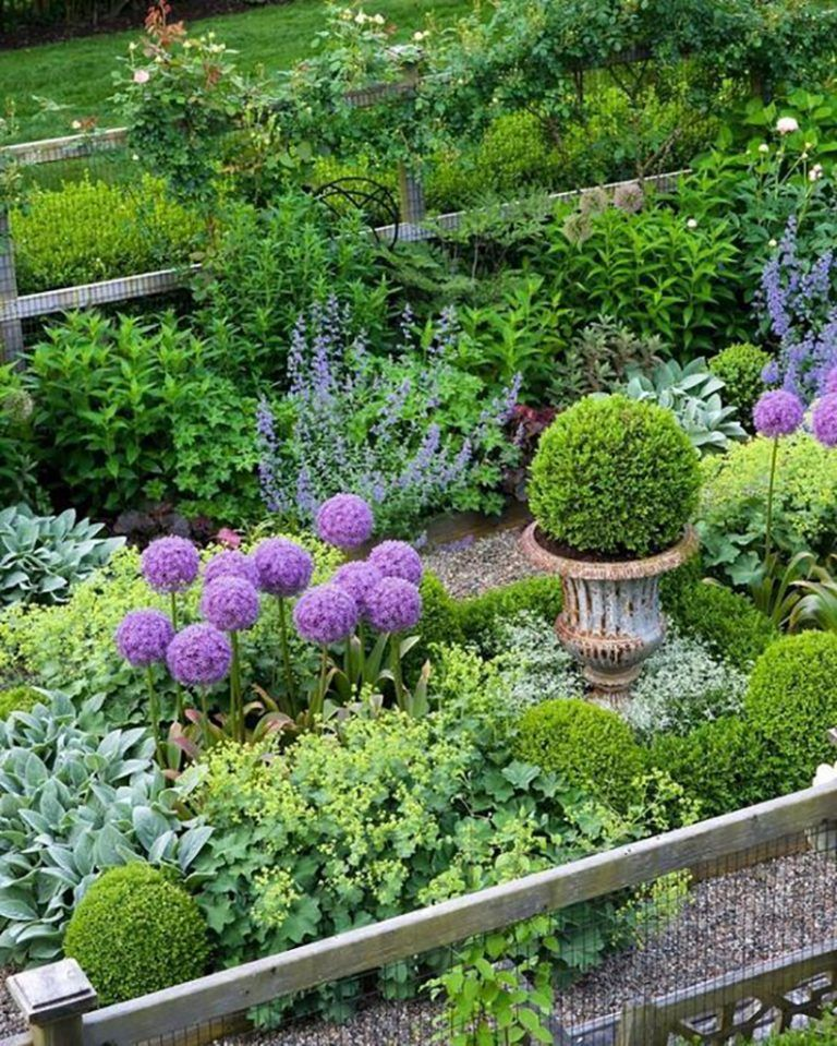 These Are The 10 Dreamiest Gardens On Pinterest Beautiful