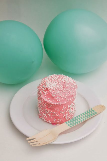 Color-themed party throwers will live for this dessert.