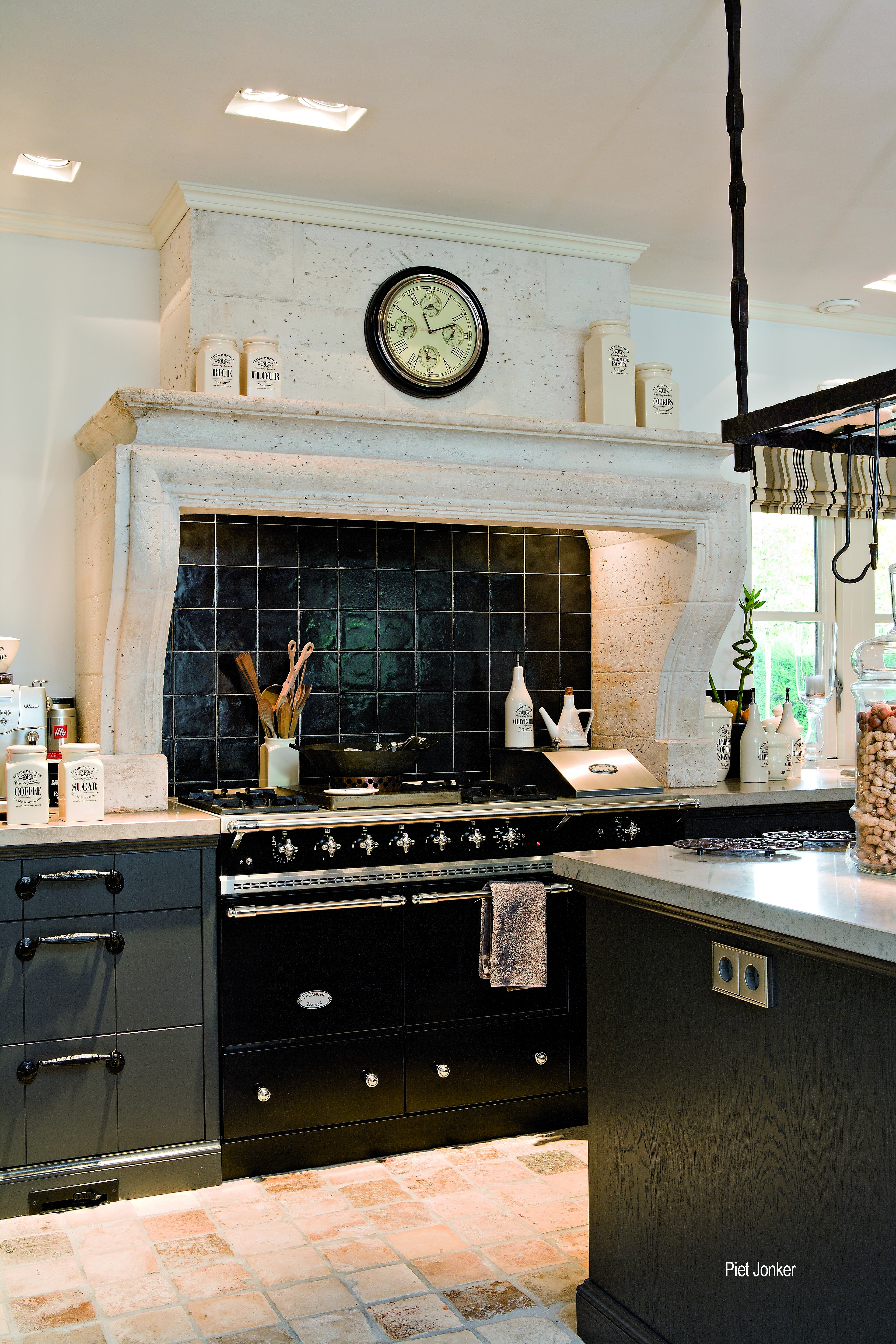 Lacanche Sully In Black With Chrome Trim French Country Kitchens French Kitchen Kitchen