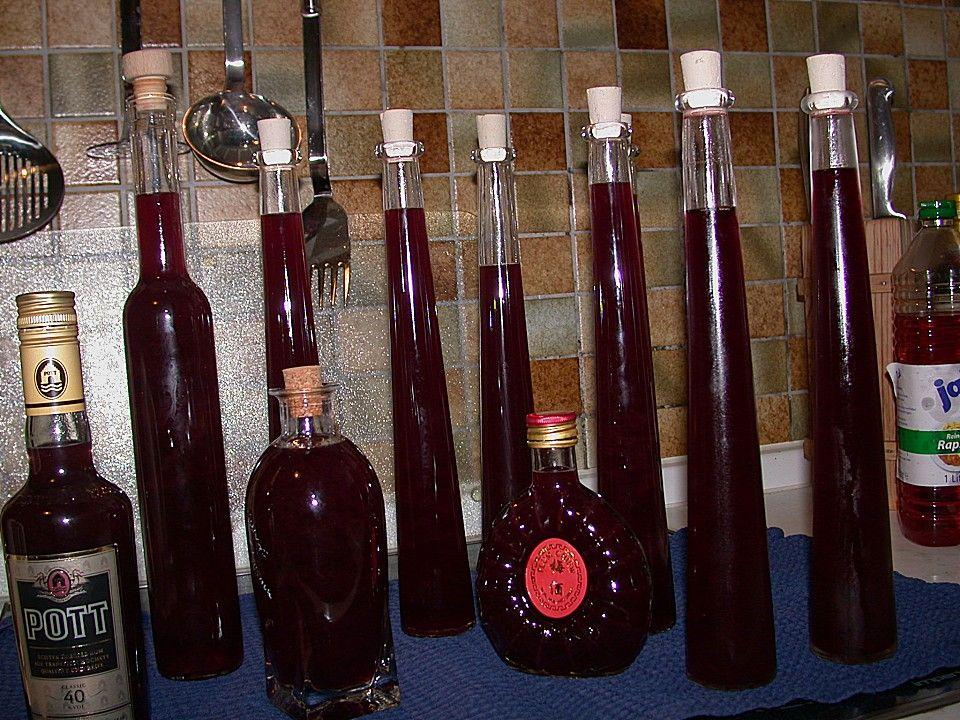 Rotweinlikör 3 | Wein, Erdbeerlimes, Likör selber machen