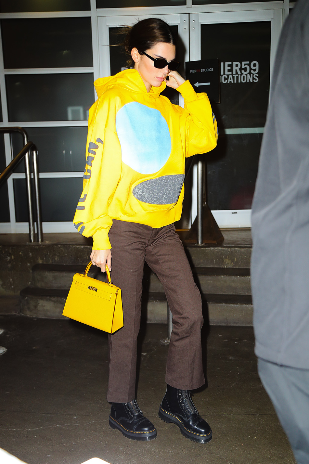 Kendall Jenner Wears Sunny Yellow Hoodie With The Fn Shoe Of The Year In Nyc Kendall Jenner Street Style Kendall Jenner Outfits Fashion [ 1500 x 1000 Pixel ]