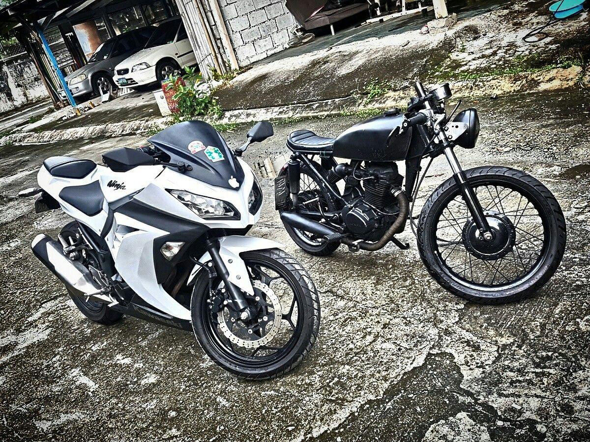 Cafe Racer Sport Bike Motorcycles Oldschool New School White Black