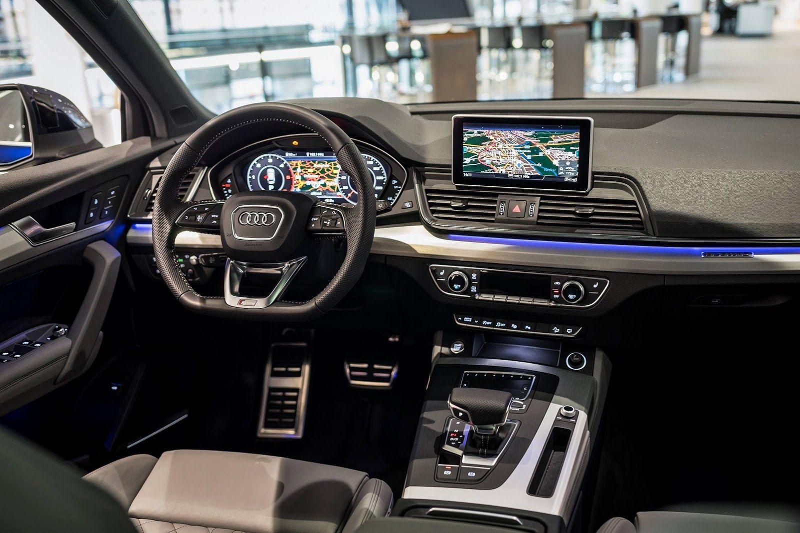 2017 Audi Q5 In Navarra Blue Metallic On Display In Neckarsulm Carscoops Audi Q5 Audi Audi Q7 Interior