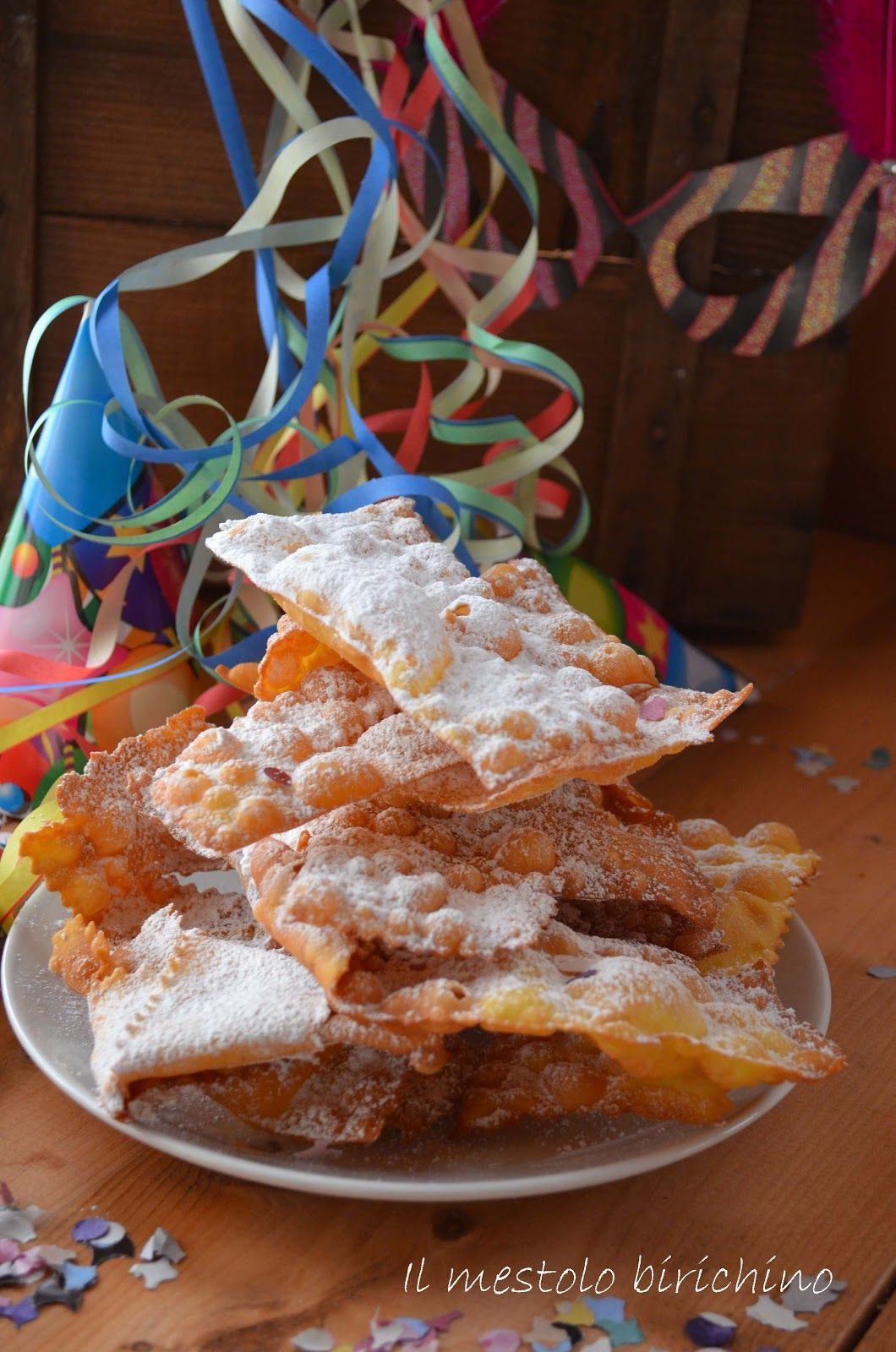 """E' iniziato il carnevale...  La ricetta di queste """" sfrappole """" è nata da una ricetta di mia mamma che insieme abbiamo l'anno scorso modific..."""