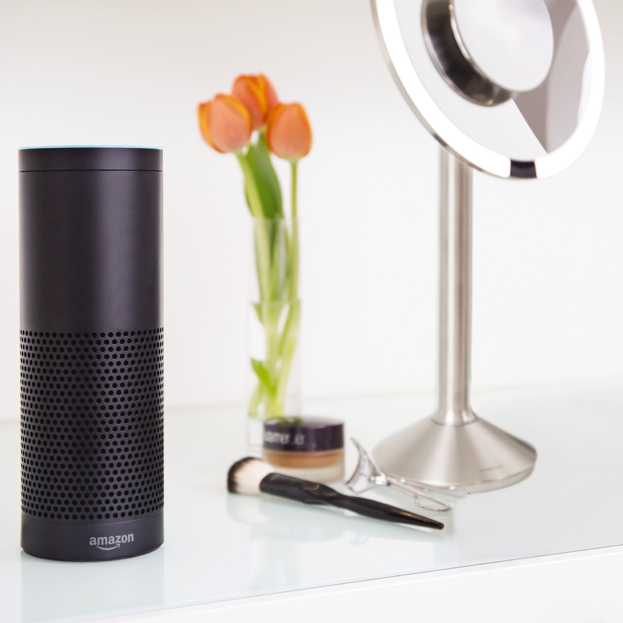 Bright vases trays dishes aroma lamps mirrors in beautiful frames -  Alexa Ask Sensor Mirror To Use The Office Setting Enable The Simplehuman