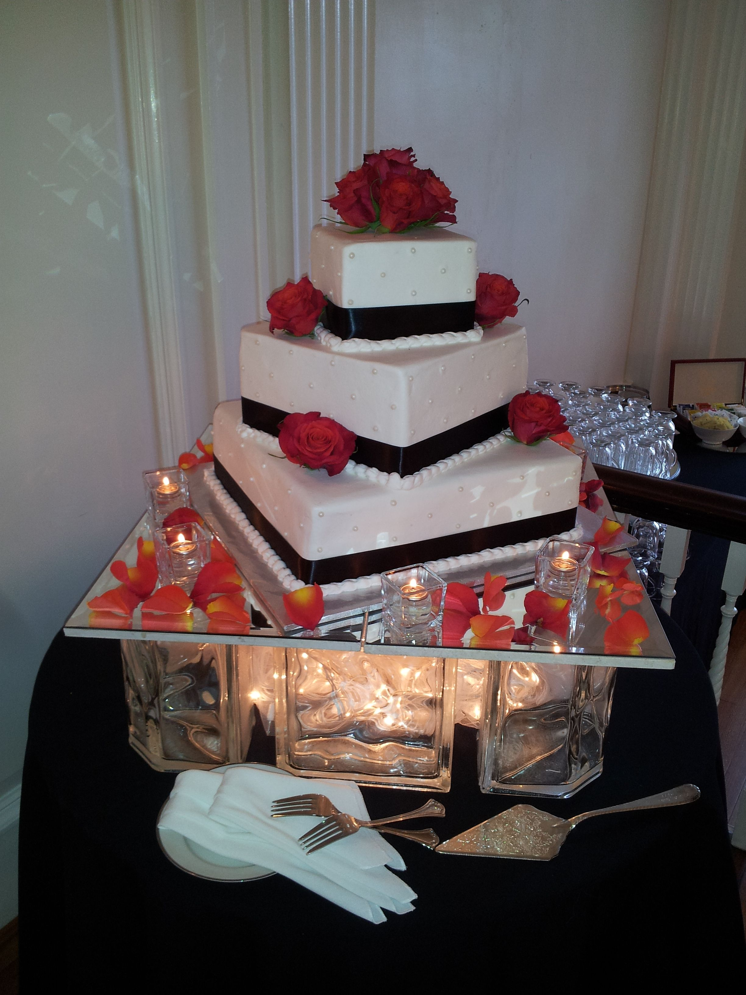 Deco Block Ideas Glass Block Cake Display Wedding Decorating Ideas