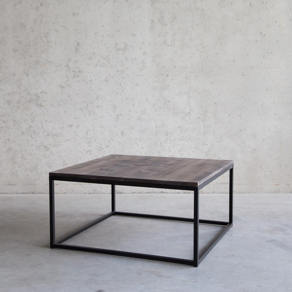 Moderne Vierkante Salontafel.Moderne Vierkante Salontafel Van Hout En Metaal Inrichting