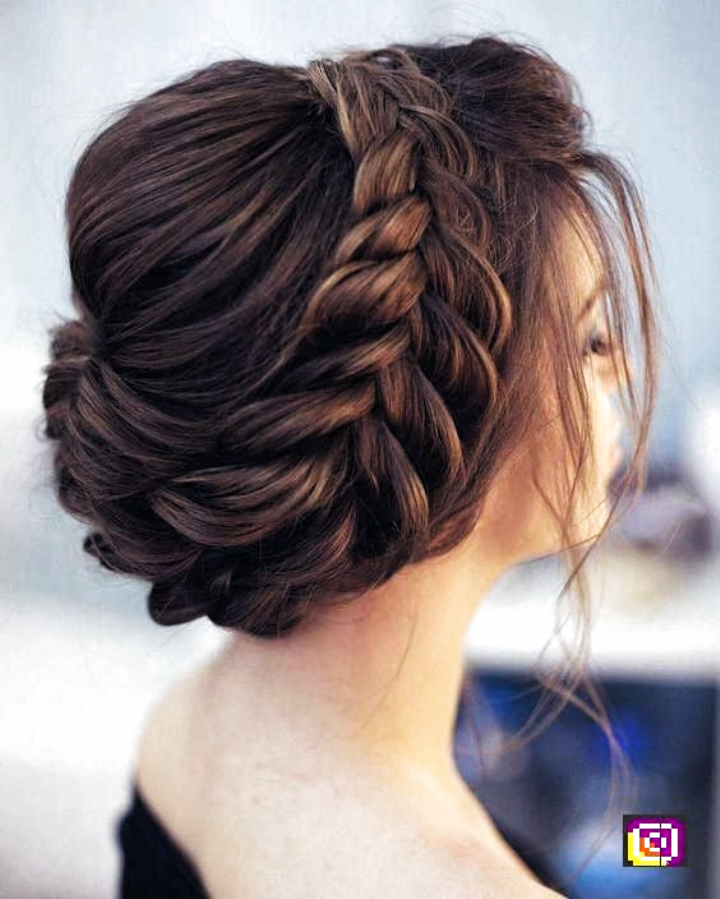 Hairstyles For Indian Wedding Hairstyles For Indian Wedding In 2020 Indian Wedding Hairstyles Hair Styles Braided Bun Hairstyles
