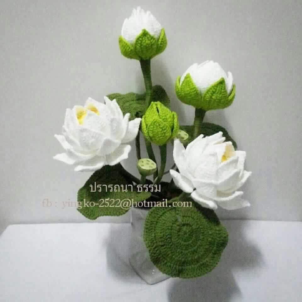 Crochet flowers!