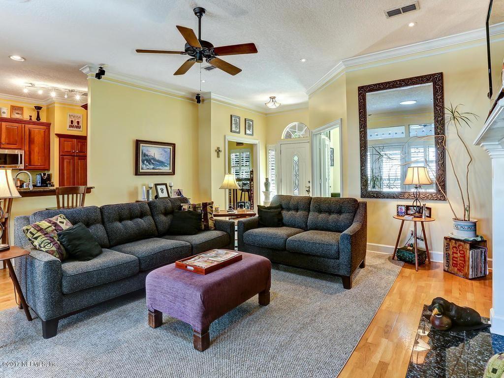 2815 Oceanview Ct Fernandina Beach Fl 32034 Carpet Dining Room Fernandina Beach Family Room