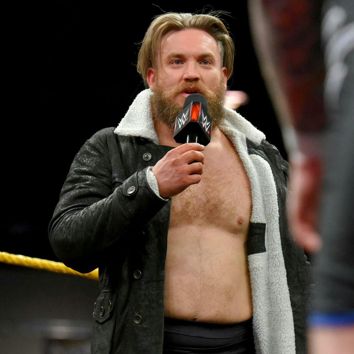 """PWE] NXT (Resultados 10/01/18) - Trent Seven abre el show y exige una oportunidad al titulo maximo de NXT - Bobby Roode, ex-campeon, busca llevarse la """"Gloria"""" a casa por octava vez"""
