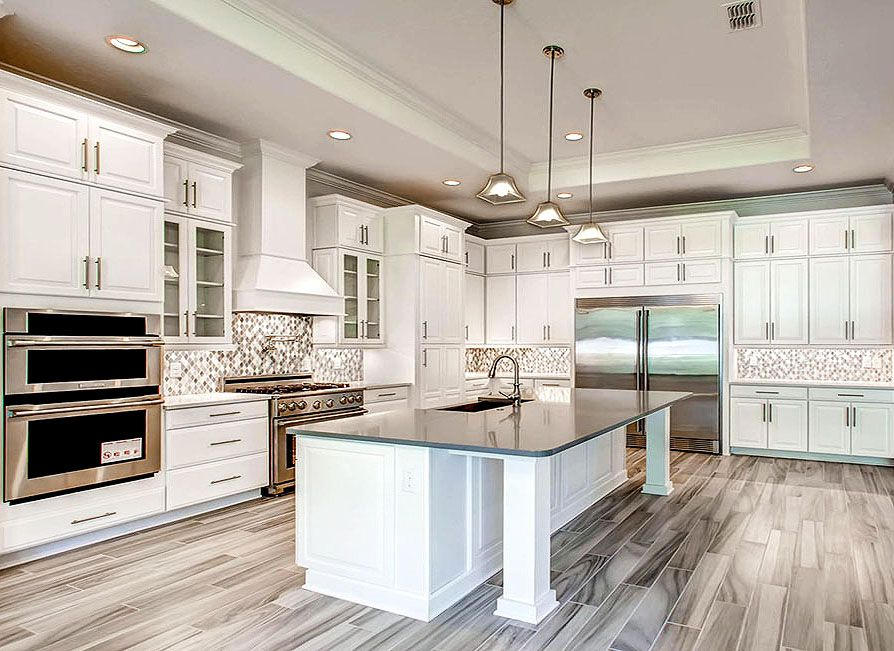Best Gorgeous White And Grey Kitchen In Orlando Florida By D R 640 x 480