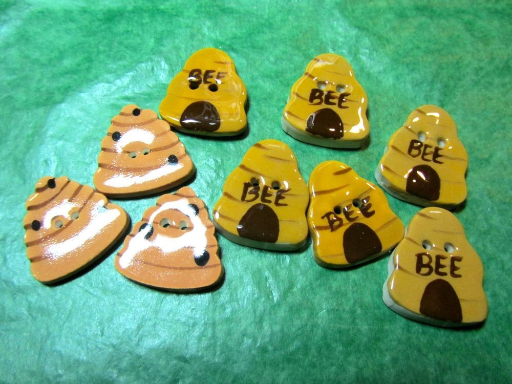 "(9)  7/8"" BEE HIVE CERAMIC 2-HOLE BUTTONS - ASSORTED VINTAGE Lot#GB254"