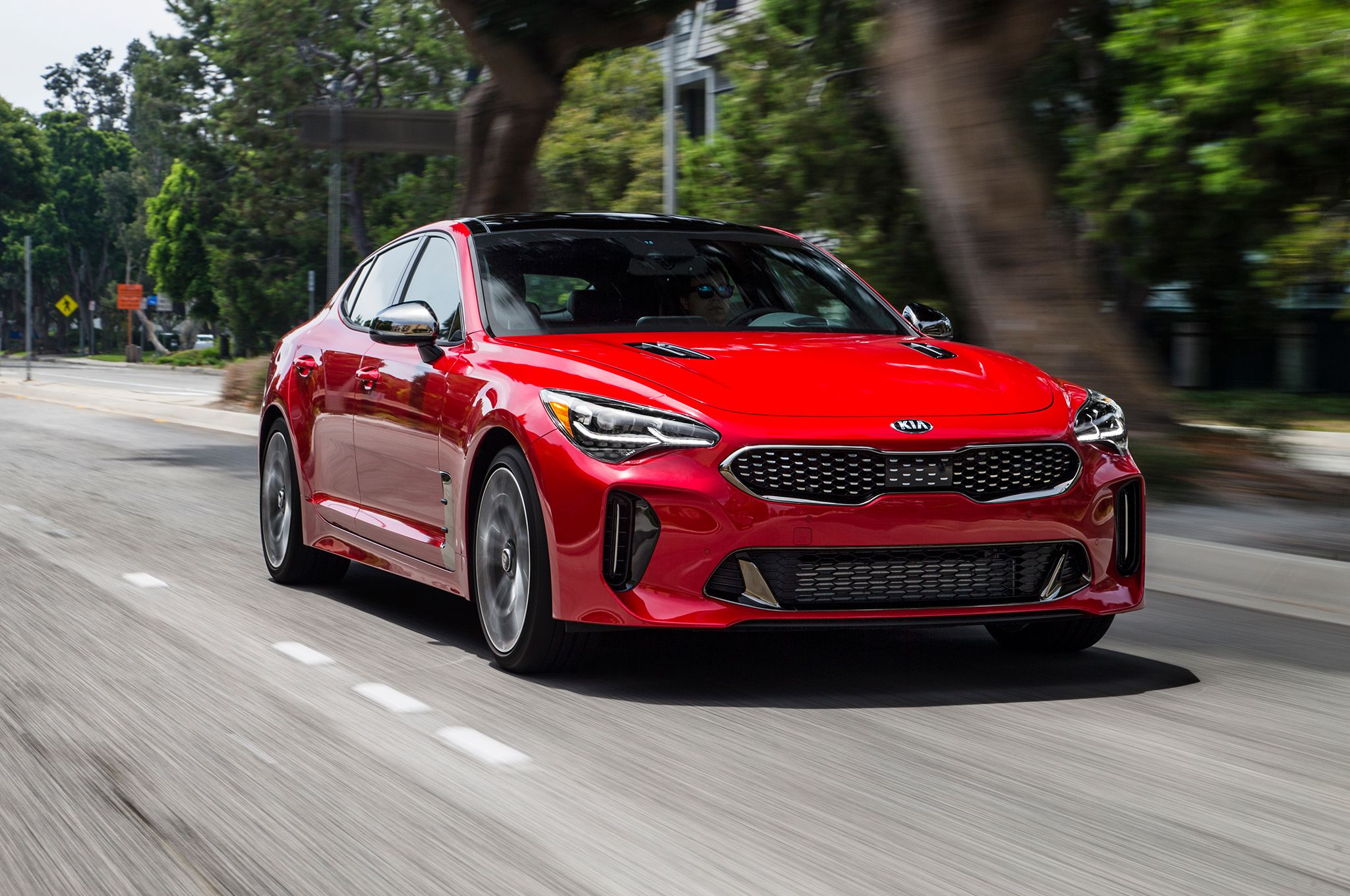 News 2018 Kia Stinger Gt Undercuts Audi S5 Sportback By Nearly 15 000 With A Base Price Of 39 895 Cars Superca In 2020 Kia Stinger Latest Cars Audi S5 Sportback