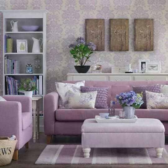Vivacious Colorful Living Rooms Fun And Comfort: Lilac & Periwinkle Cottage •~• Living Area