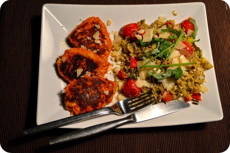 Hafer-Möhren-Bratlinge zu Pesto-Reis-Salat