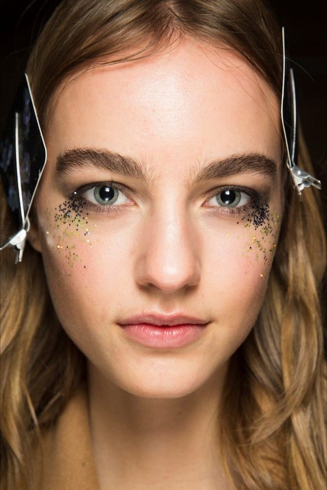 SILLY SEASON SKIN DAMAGE CONTROL...   LATE NIGHTS, LACK OF SLEEP, A NOT-SO-NUTRITIOUS DIET AND CELEBRATING WITH COCKTAILS CAN ALL TAKE THEIR TOLL ON YOUR SKIN. Here are the skin-damage-control strategies you need to help survive the party season... SILLY SEASON SLIP-UP#1: LATE NIGHTS AND ……